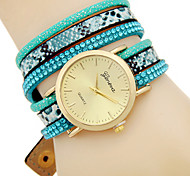 Women's Fashion Quartz Bracelet Watch Leather Belt Round Dial Watch Cool Watch Unique Watch(Assorted Colors)
