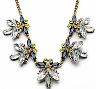 Necklace Statement Necklaces Jewelry Wedding / Party / Daily / Casual Fashion Crystal / Alloy / Rhinestone Gold 1pc Gift