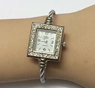Women's Ladies' Fashion Watch Wrist watch Chinese Quartz Metal Band Bangle Casual White