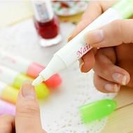 Nail Art Tool Nagellak verwijderen Pen met 4 Tips (willekeurige kleur)