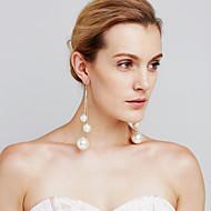 Női Függők Gyöngyutánzat Sexy Divat Személyre szabott Euramerican Film ékszer luxus ékszer Méretes ékszerek Réz Circle Shape Ékszerek