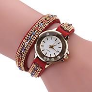 Damskie Modny Zegarek na bransoletce Unikalne Kreatywne Watch Chiński Kwarcowy sztuczna Diament PU Pasmo Artystyczny Z Wisorkami Na co