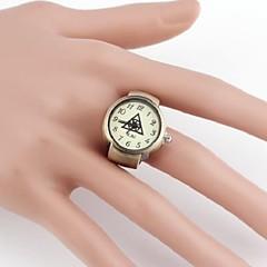 Idol Group EXO Triangle-vormige metalen analoge quartz Ring Watch (1 st)