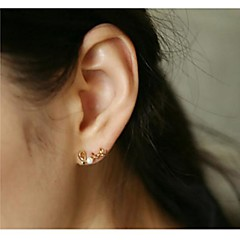Fashion Show Electroplating LOVE Ms Pearl Earrings