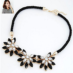 Flower Shape Alloy Necklace Statement Necklaces Wedding/Party/Daily/Casual 1pc