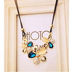 Damskie Naszyjniki z wisiorkami Kryształ Animal Shape Motyl sztuczna Diament Opal Stop Modny luksusowa biżuteria Kolor ekranu Biżuteria Na