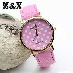 Mulheres Relógio de Moda Quartz Couro Banda Pontos Preta / Azul / Vermelho / Laranja / Marrom / Verde / Rosa / Rose marca-
