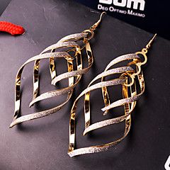 Γυναικεία Κρεμαστά Σκουλαρίκια Κοσμήματα με στυλ Ευρωπαϊκό Εξατομικευόμενο κοστούμι κοστουμιών Κράμα Κοσμήματα Κοσμήματα Για Γάμου Πάρτι