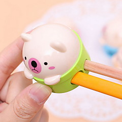 Double Holes Animal Design Portable Manual Pencil Sharpener(Random Color)