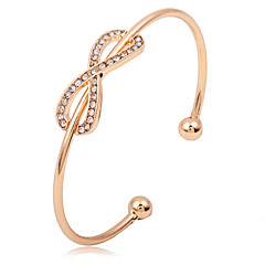 Dame Armbånd Manchetarmbånd Personaliseret Justérbar Åben Mode Yndig Legering Cirkelformet Hjerteformet Butterfly Form Sølv Gylden Smykker