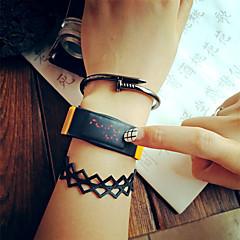 Femme Unisexe Montre de Sport Montre Tendance Montre Bracelet Montre numérique Numérique LED Coloré Caoutchouc Banderétro Cool Pour tous