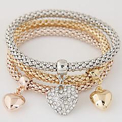 Dames Bedelarmbanden Liefde Meerlaags Luxe Sieraden Europees Eenvoudige Stijl Modieus Strass imitatie Diamond Legering Hartvorm Regenboog