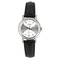 Casio Mulheres Relógio Esportivo Relógio de Moda Relógio de Pulso Japanês Quartzo Impermeável Couro Banda Pendente Casual Elegantes Preta