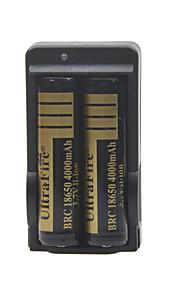 UItra brand batterijlader voor 18650 oplaadbare Li-ion batterij (inbegrepen 2x4000mah 3,7 V)