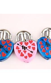 kreative kærlighed låse en pil gennem et hjerte metal lightere blå pink