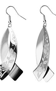 Dame Hængende øreringe,Smykker Sølv Moderigtig Bryllup / Party / Daglig / Afslappet Rustfrit Stål 1 par Piercet