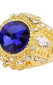 Ringe Kvadratisk Zirconium Afslappet Smykker Legering Dame Ring 1pc,7 / 8 / 9 / 10 Gylden