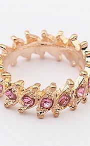 Euramerican Vintage Elegant Women's Rhinestone RingMovie Jewelry