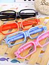 نظارات مبتكرة على شكل الكرة من ركلة جزاء (لون عشوائي)